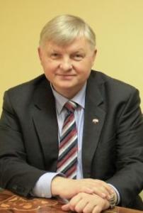 Wójt Gminy Puławy Krzysztof Brzeziński